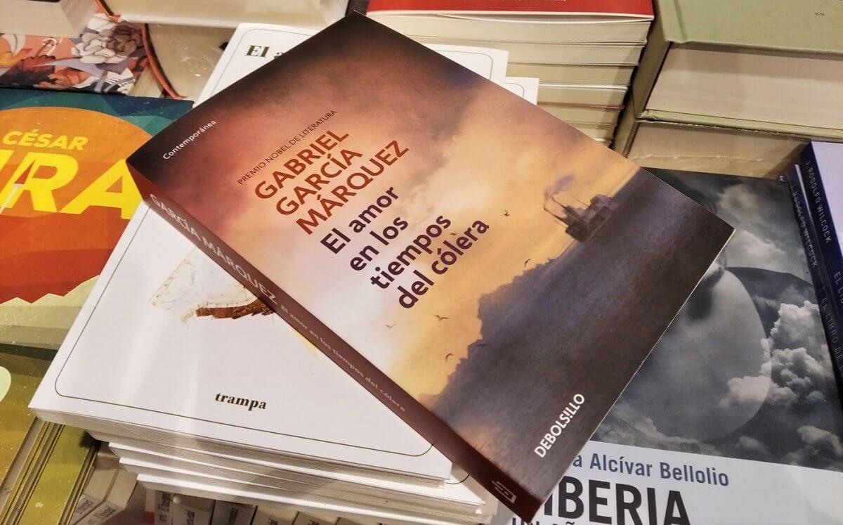 El Amor en los tiempos del cólera, homenaje al folletín romántico