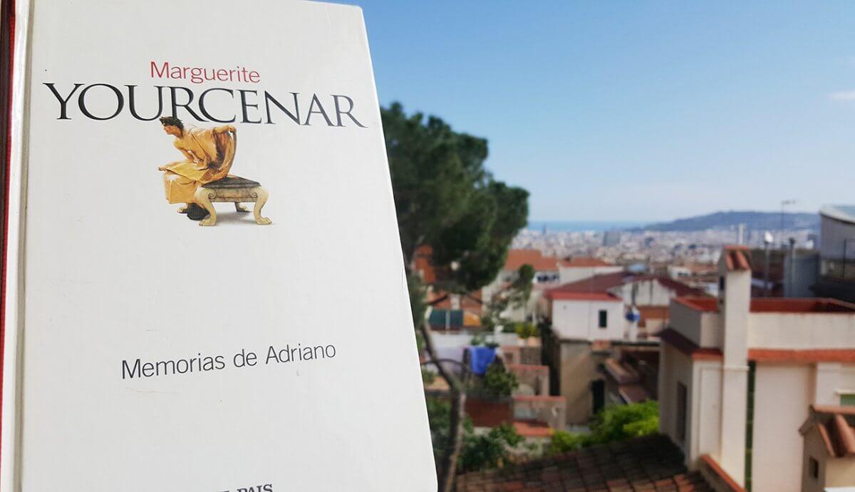 Memorias de Adriano, reseña y comentarios