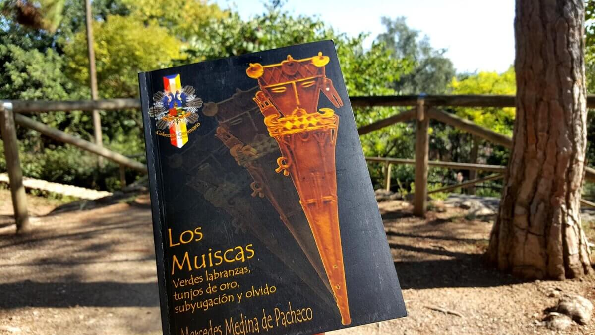 Libro los Muiscas escrito por Mercedes Medina de Pacheco